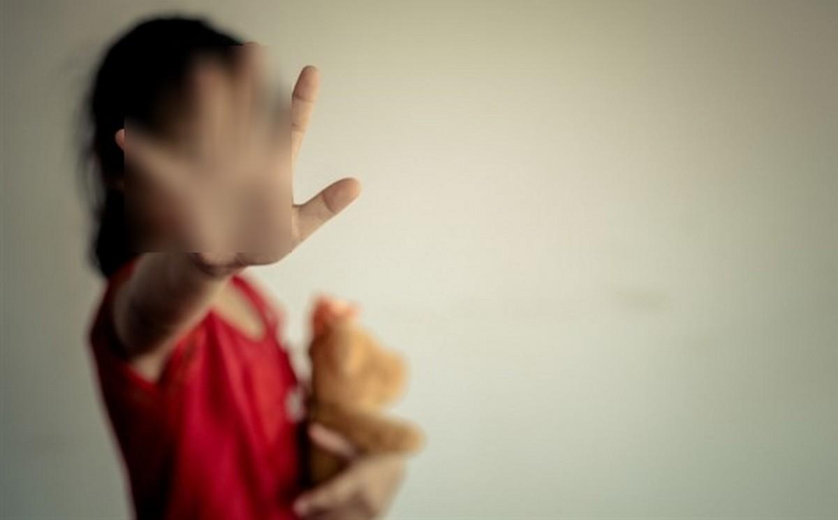 تونس: القبض على شاب اعتدى بالفاحشة على طفلة داخل عربة مترو