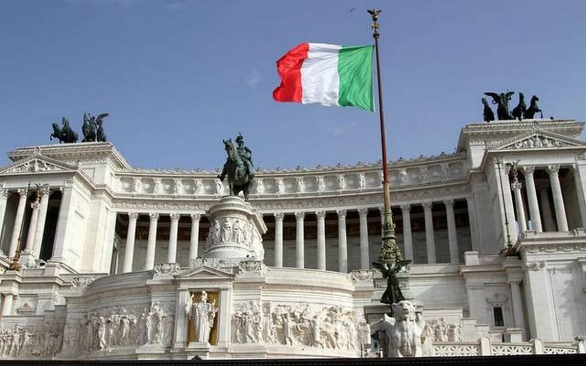 إيطاليا تسجل 18020 إصابة و414 وفاة جديدة بفيروس كورونا