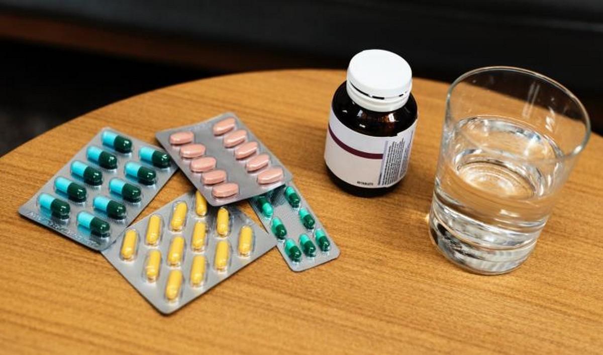 إختفاء أدوية من مراكز الصحة الأساسية والطبقة الفقيرة مُهددّة بالموت