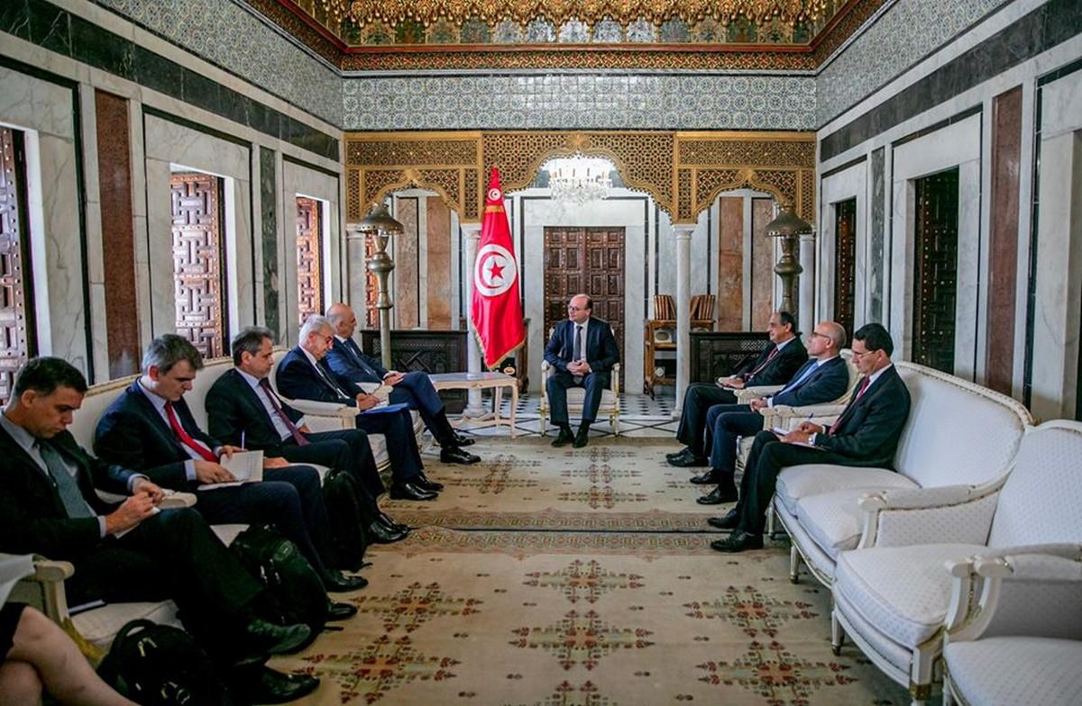 رئيس الحكومة يستقبل وزير الخارجية اليوناني