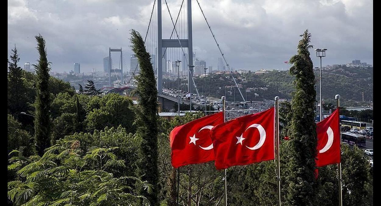 تركيا تسجل 198 وفاة جديدة بكورونا