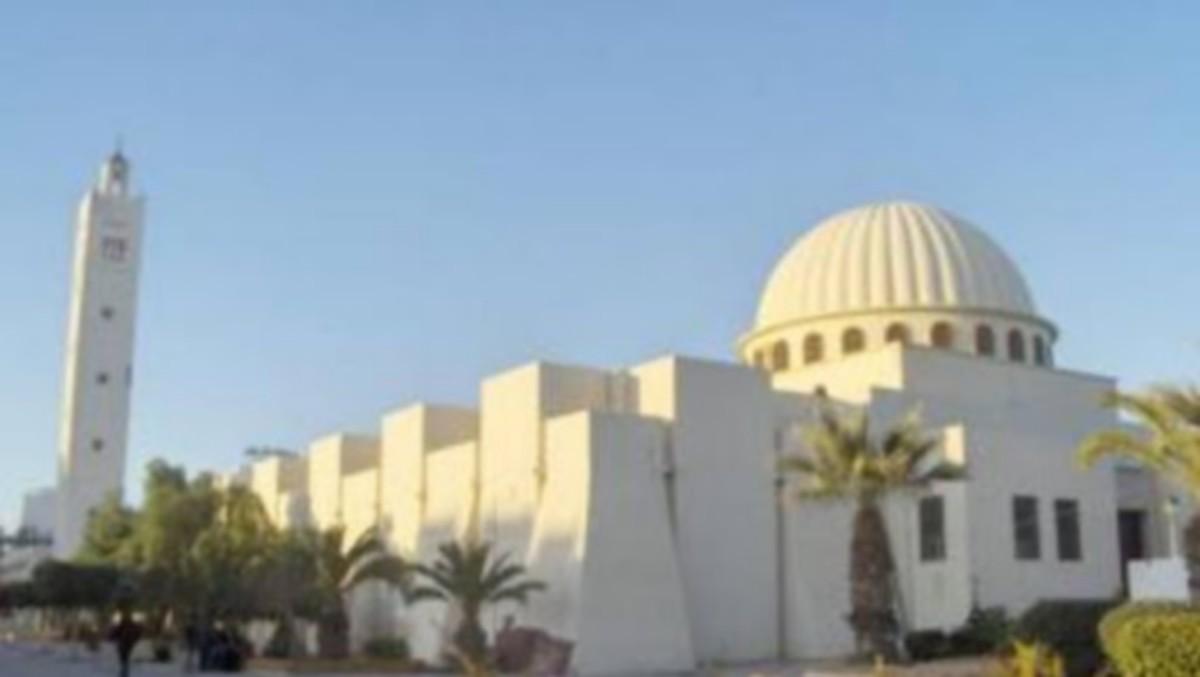 """""""كورونا"""": إجراءات جديدة داخل المساجد"""