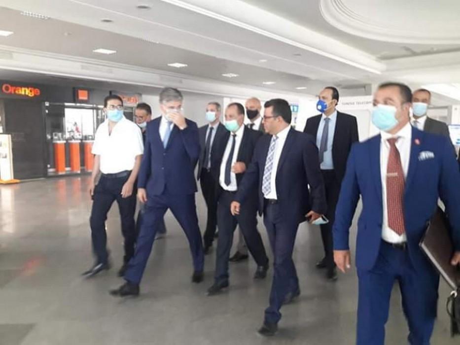 وصول أول رحلة غير منتظمة على متنها 155 سائحا إلى مطار جربة جرجيس