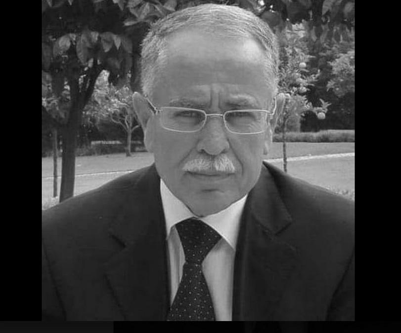 النموذجي محمد نجيب عبد المولى حيّ بيننا