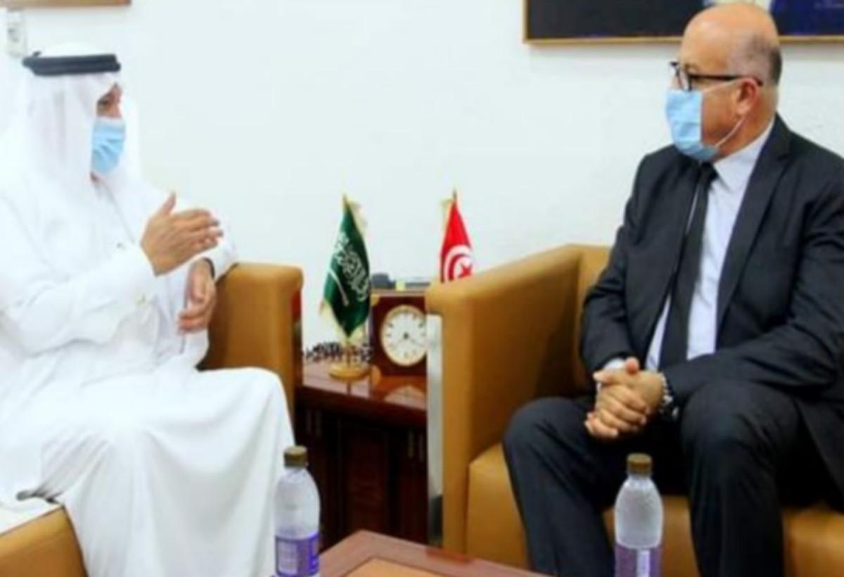 دعم التعاون بين تونس و السعودية في المجال الصحي