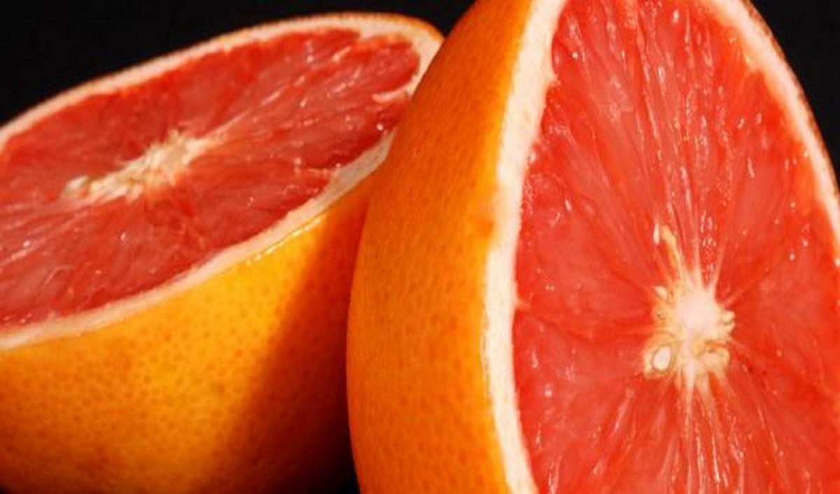 فوائده كثيرة : يمنع نمو الخلايا السرطانية ويعالج السكري
