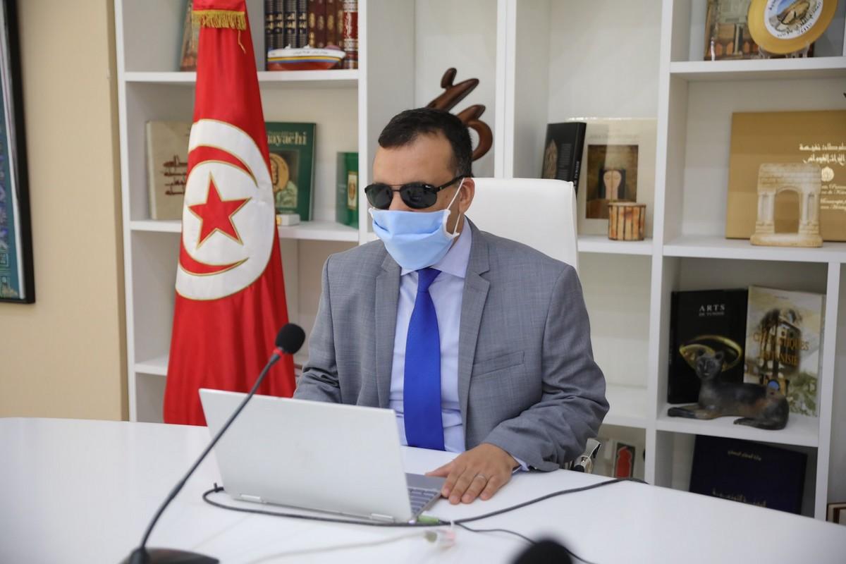 المشيشي  يقيل  وزير  الثقافة