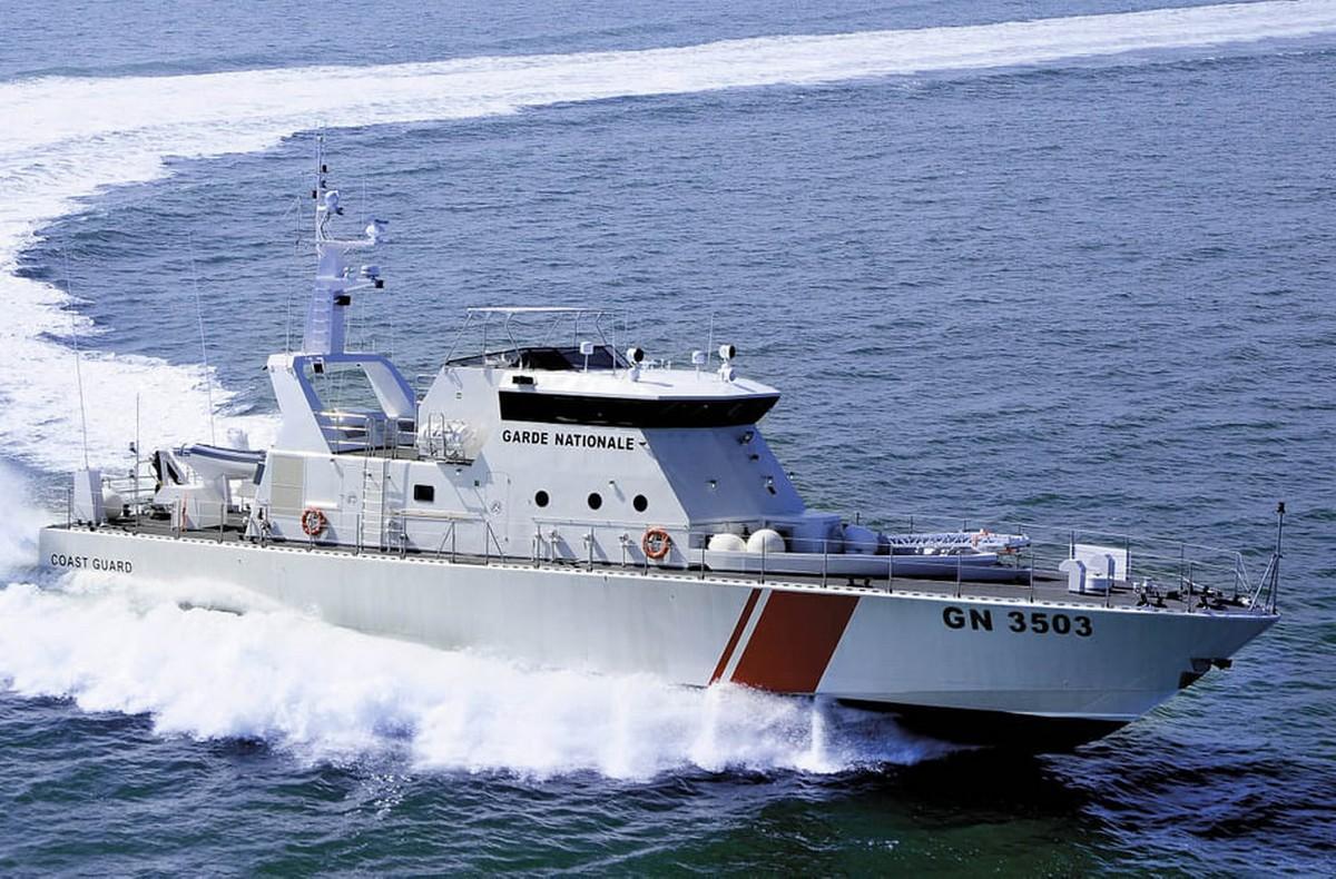 وحدات بحرية تابعة للمنطقة البحرية للحرس الوطني بصفاقس تنقذ  مركبا
