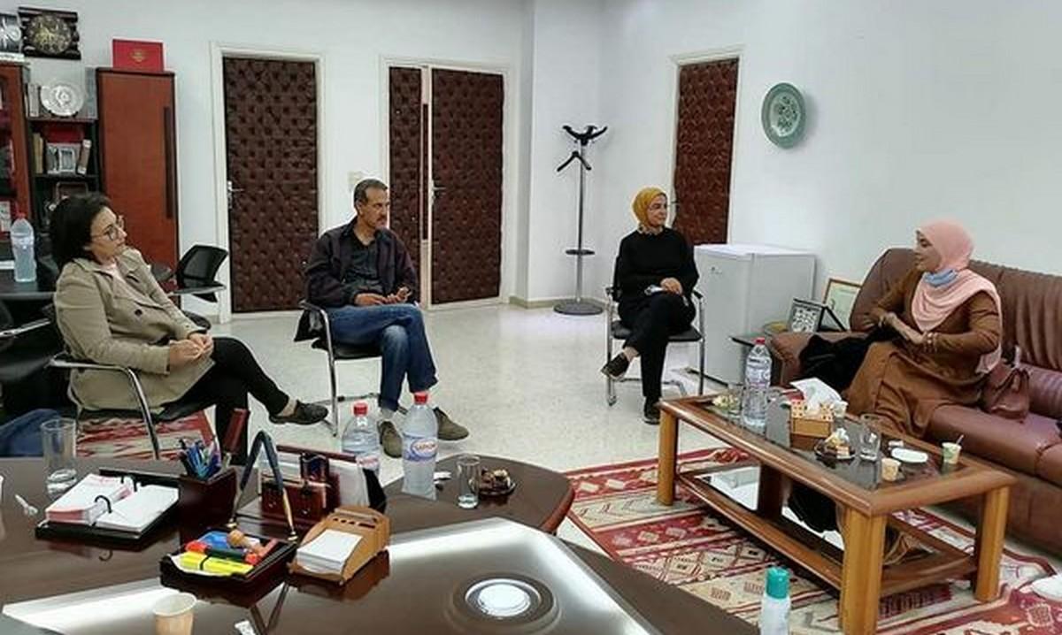 جلسة عمل ببلدية قرمدة مع النائبة مريم بنبلقاسم رئيسة لجنة التنمية المستدامة والبيئة