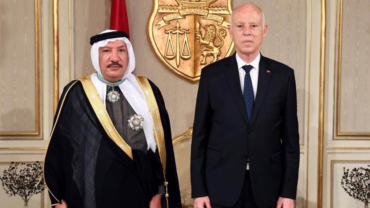 رئيس الجمهورية يوّدع سفير السعودية بتونس بمناسبة انتهاء مهامه