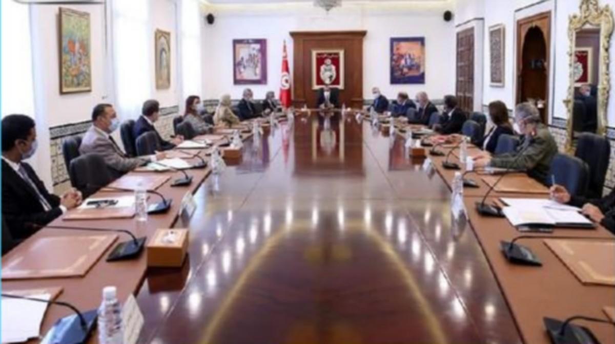 مجلس وزاري مضيق يقرّ جملة من الإجراءات لفائدة ولاية صفاقس
