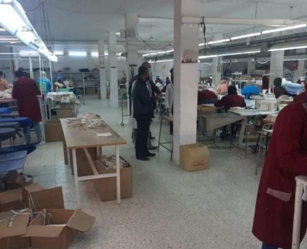 اللجنة المحلية بصفاقس الجنوبية بزيارات ميدانية لعدد من مصانع النسيج بمنطقة العين