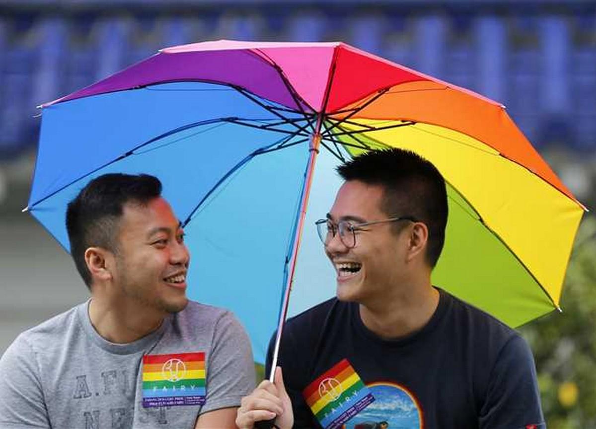 سويسرا: البرلمان يصادق على قانون زواج المثليين