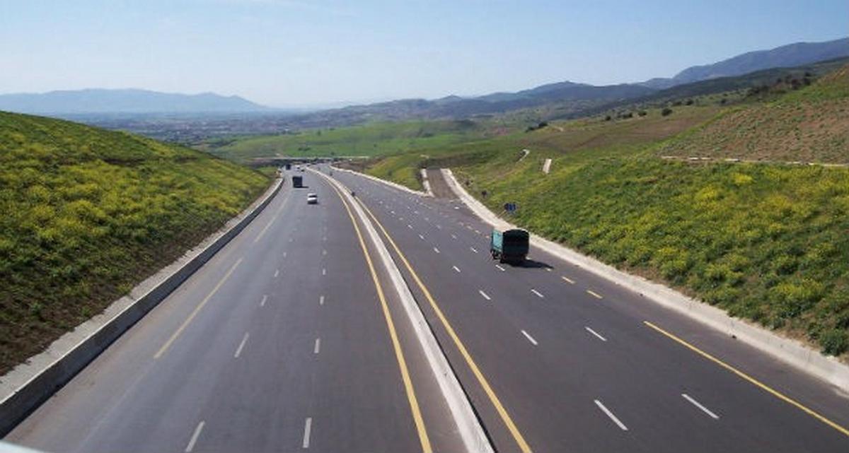 المرصد الوطني لسلامة المرور ينظم حملات تحسيسية تحت شعار نحتفل بسنة 2021 دون حوادث