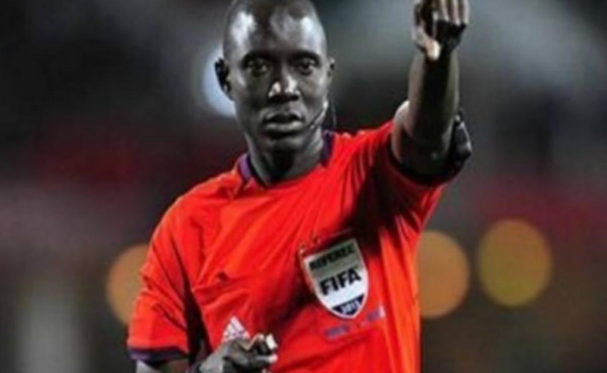 تعيين غاساما لادارة مباراة العودة بين النادي الصفاقسي و مولودية الجزائر