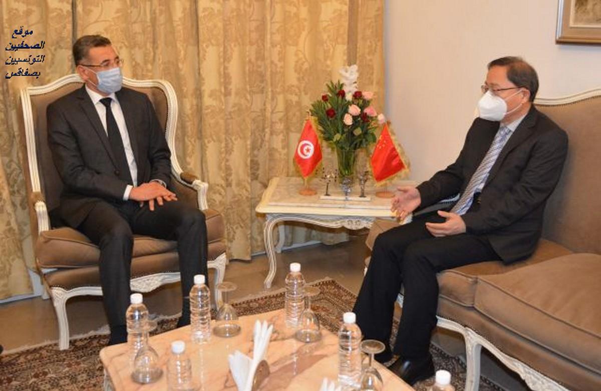 وزير الداخلية يستقبل سفير جمهورية الصين الشعبية بتونس
