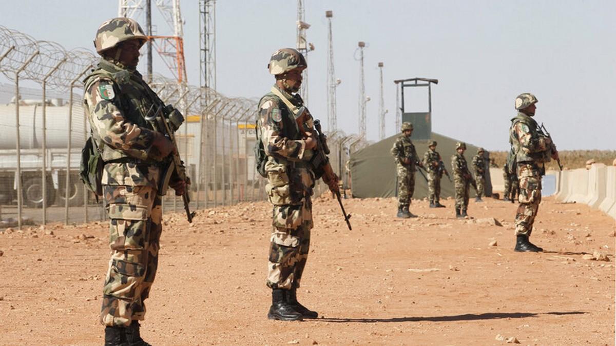 """وزارة الدفاع الجزائرية تصدر بيانا حادا ضد """"أبواق الفتنة"""" والمغرب وإسرائيل: نخضع لسلطة الرئيس"""