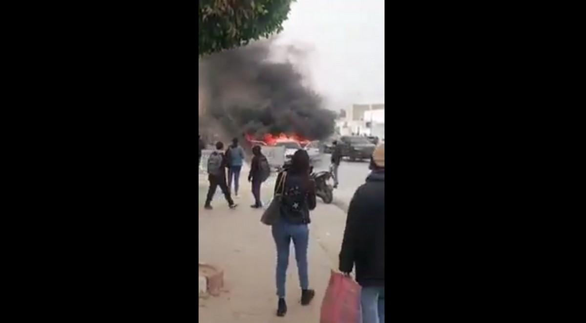 صفاقس : انفجار سيّارة زرع  الخوف  والرعب
