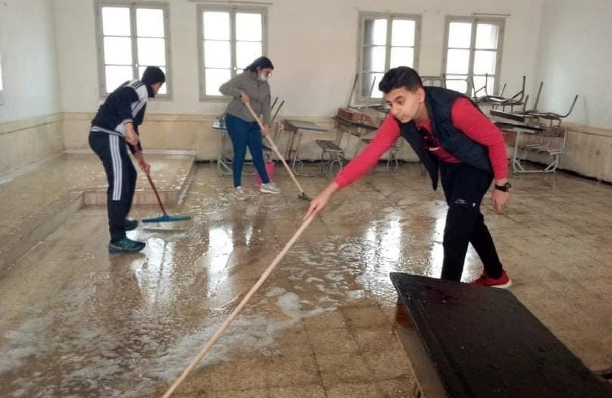 حملة نظافة بإعدادية علي البلهوان بصفاقس