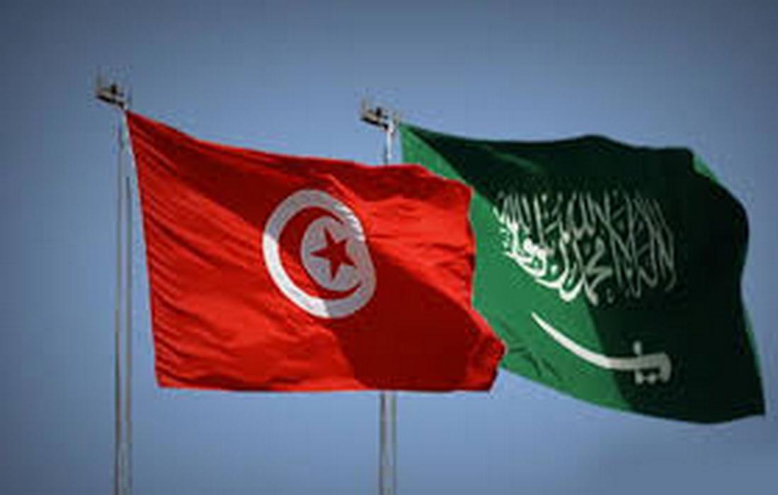 في مكالمة هاتفية مع سعيّد.. الملك سلمان يتعهّد بمزيد تدعيم تونس في كافة المجالات