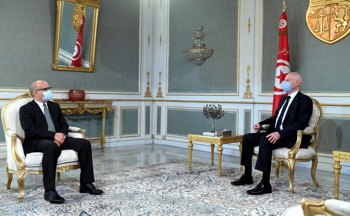 رئيس  الدولة  يستقبل  رئيس المجلس الأعلى للقضاء