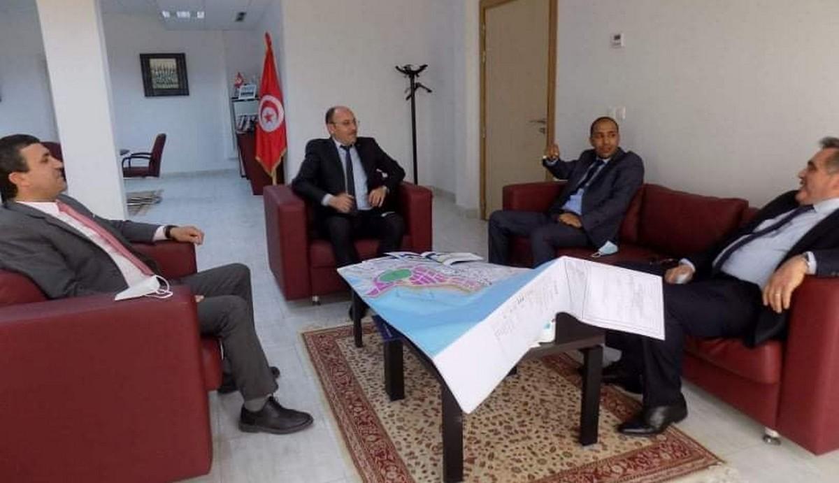لقاء ثلاثي للنظرفي التعاون  بين مجلس التعاون الاقتصادي الليبي التونسي  وشركة تبرورة