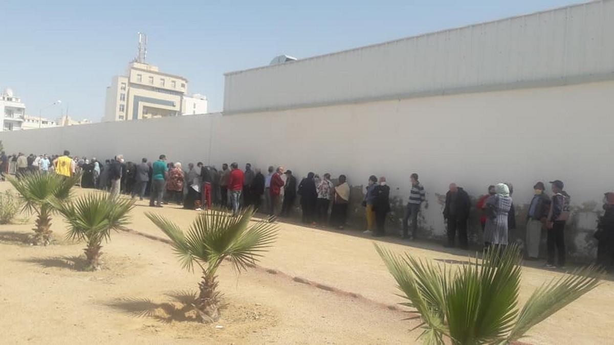 افتتاح مركز التلقيح ضد كورونا بحديقة الرياضة بالكرنيش بحضور وزيرالصحة والفوضى