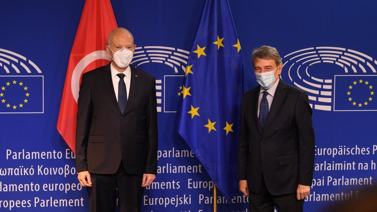سعيد في لقاء مع رئيس البرلمان الأوروبي