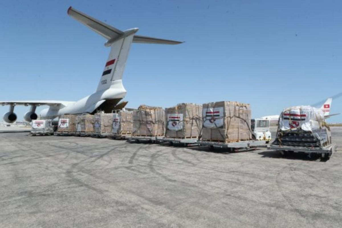 محملة بتجهيزات طبية : وصول طائرة عسكرية مصرية إلى تونس اليوم