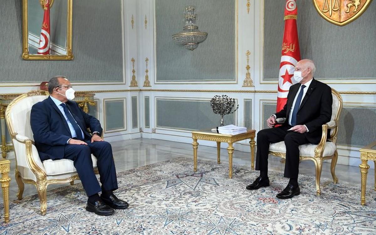 الرئيس سعيّد يُشددّ على ضرورة محاربة الإحتكار والتخفيض في الأسعار