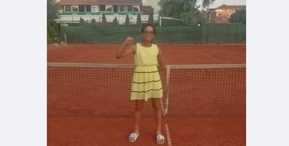 نور سحنون إبنة صفاقس تتحصل على كأس دورة تنس أوروبا بصربيا