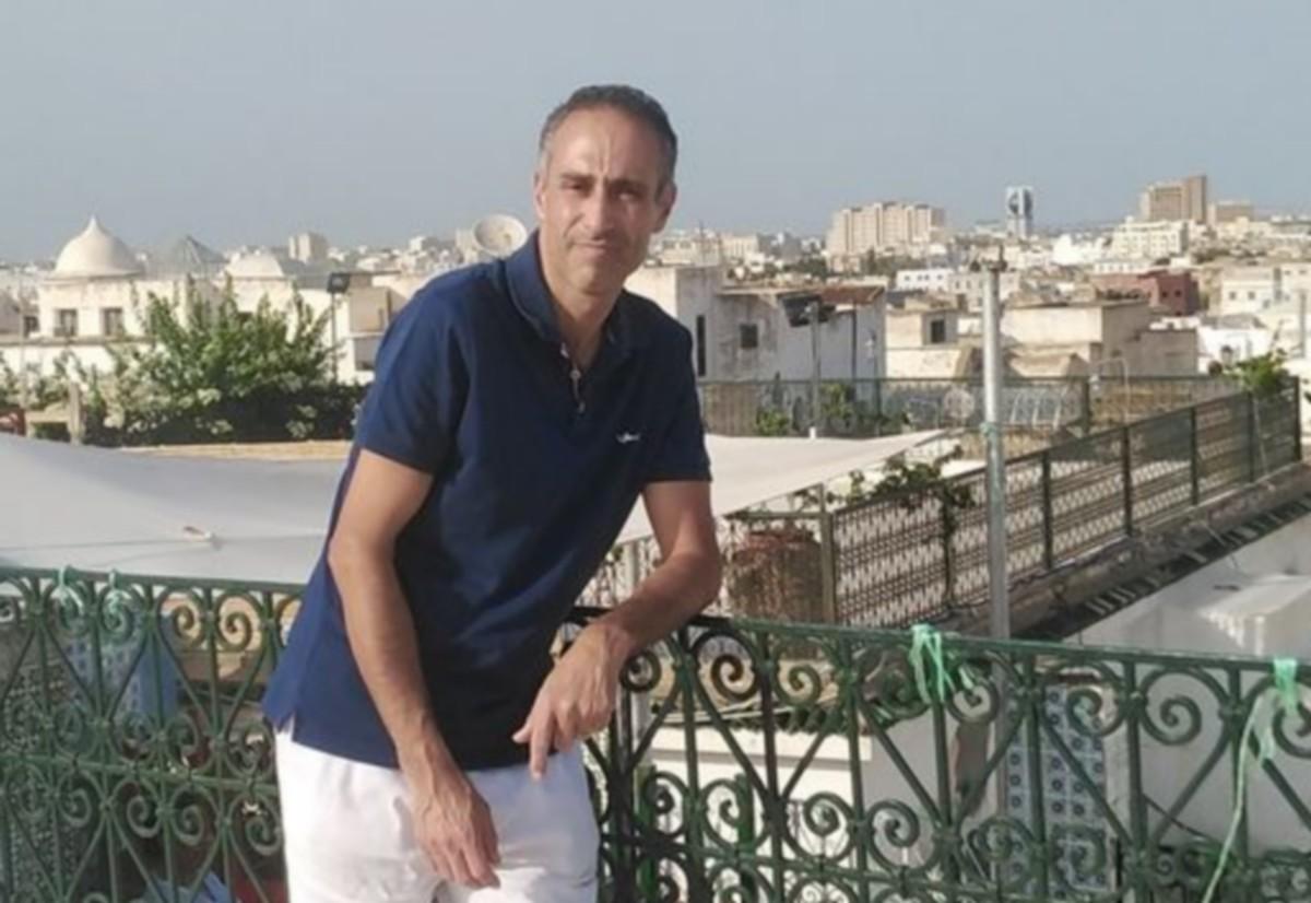 عماد بربورة يقدّم استقالته من رئاسة نشرة الأخبار في التلفزة الوطنية