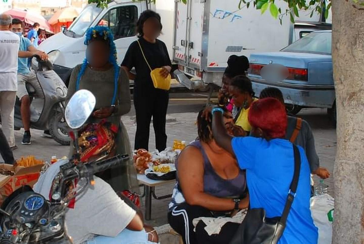 صفاقس : الأفارقة يزحفون في كلّ القطاعات والآن في محلات الأكلات السريعة بالمدينة العتيقة