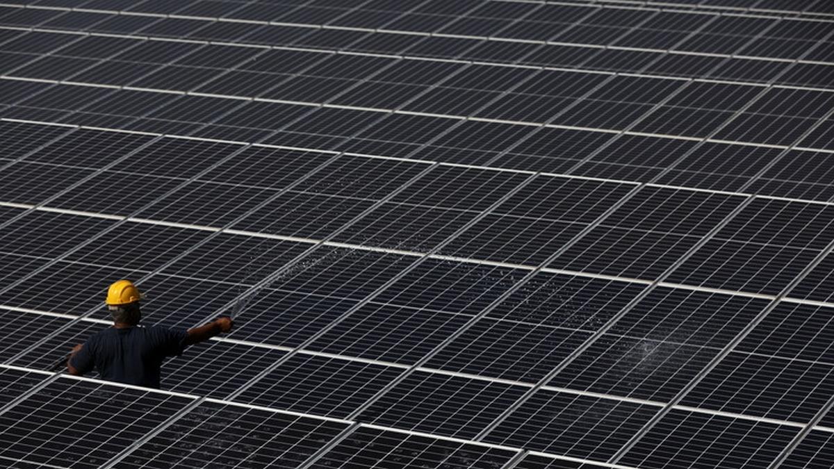 الطاقة الشمسية قد تولد 40% من الكهرباء في أمريكا بحلول 2035