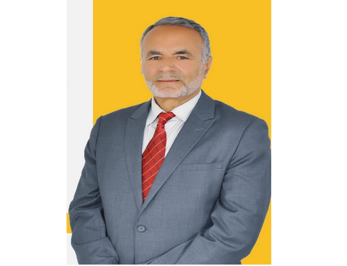 عبد الرؤوف العيادي ينفي خبر وفاته