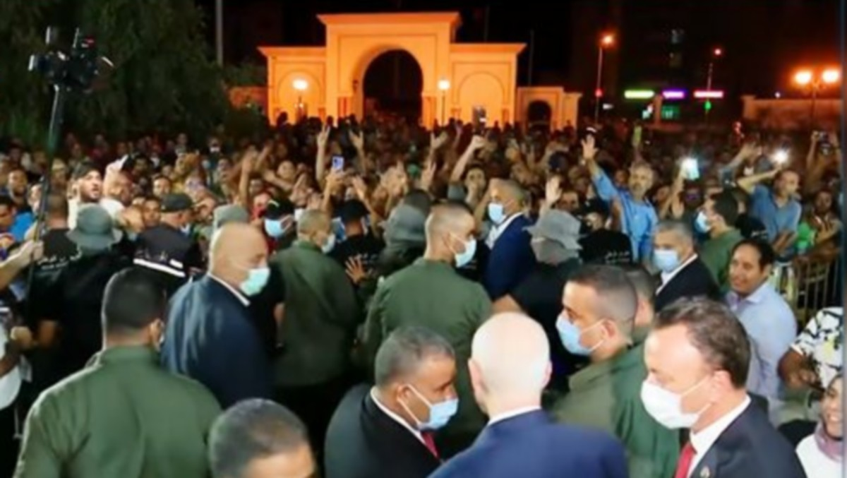 سيادة الرئيس:تفاعلت جيدا مع القرارات التي اعلنتها البارحة …سارة عبد المقصود
