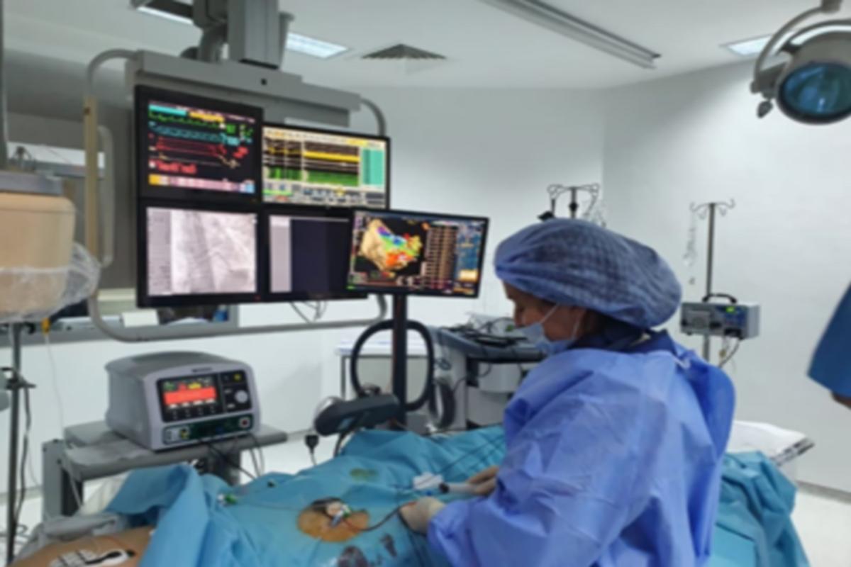 بُشرى لمرضى القلب : مصحّة  البساتين بصفاقس  تقتني أحدث جهاز لمُعالجة إضطرابات دقات القلب