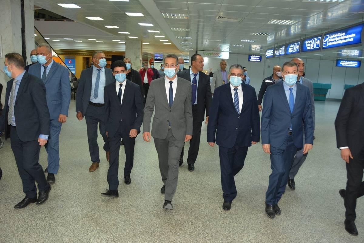 وزير  الدّاخلية في  زيارة  الى  مطارتونس قرطاج الدّولي